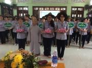 """Giải thưởng """"TINH THẦN"""" do các ni sư chùa Tam Bảo và các trưởng BTC trại trao"""